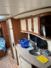 Wohnwagen Hobby mit winterfest ausgebautem Vorzelt und viel Zubehör in schöner Lage
